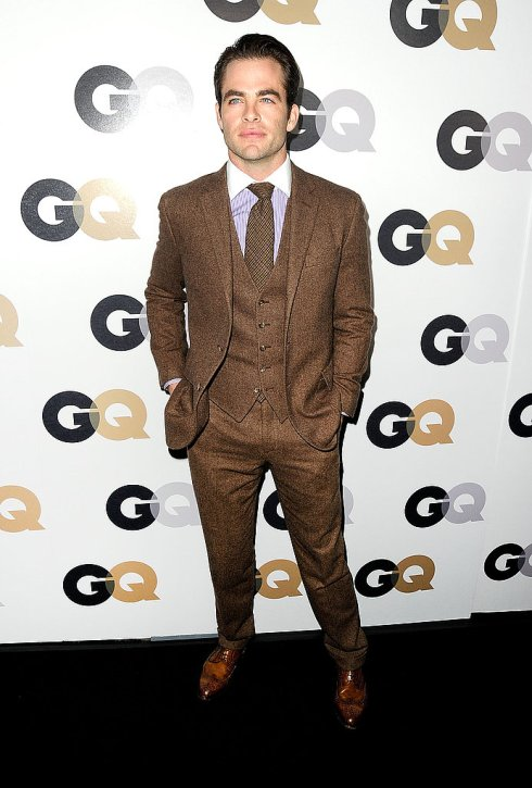 chris-pine-brown-wool-suit